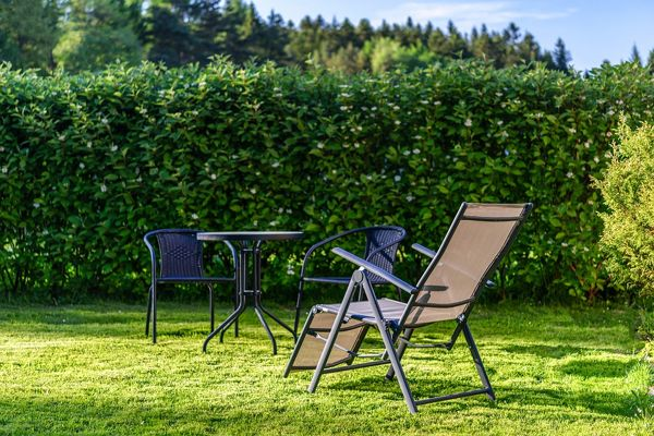 Top 7 Best Heavy Duty Lawn Chairs for Big and Tall Person